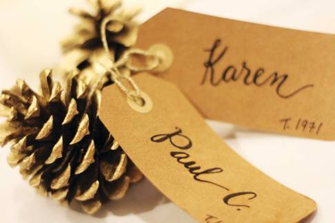 pinecone-place-card-02